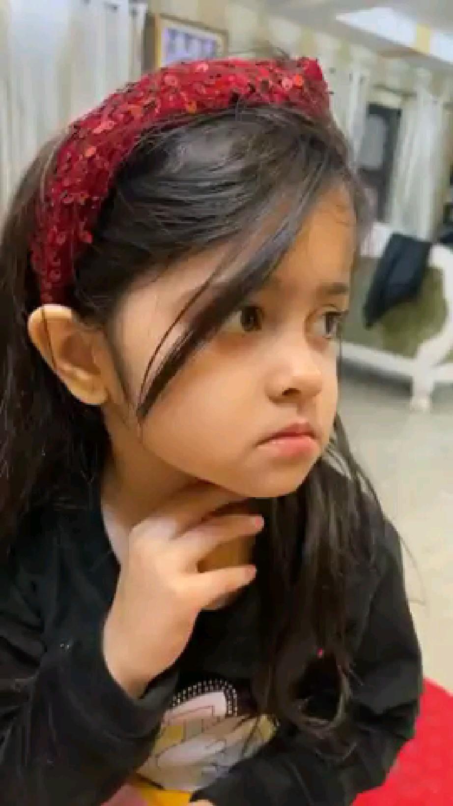 Funny Status || Cute Baby Girl 😜😜