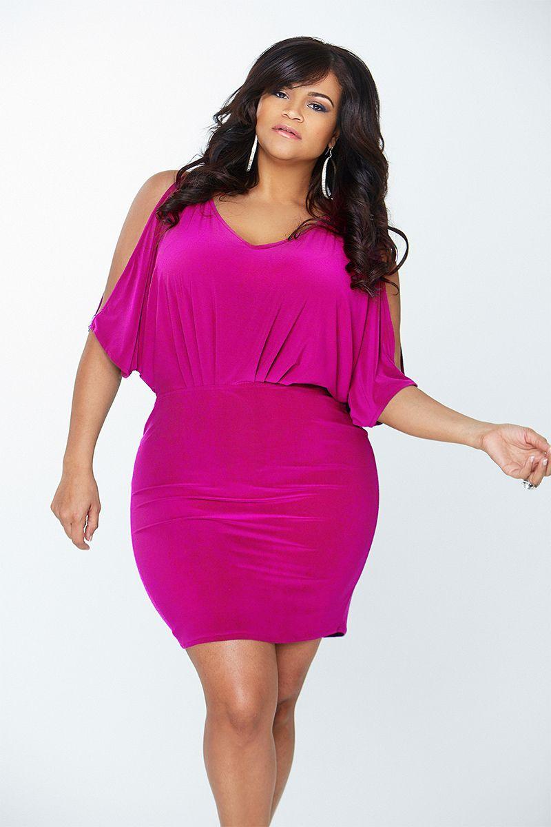 Vestidos cortos de fiesta - Los mejores trajes plus size | Rosas ...