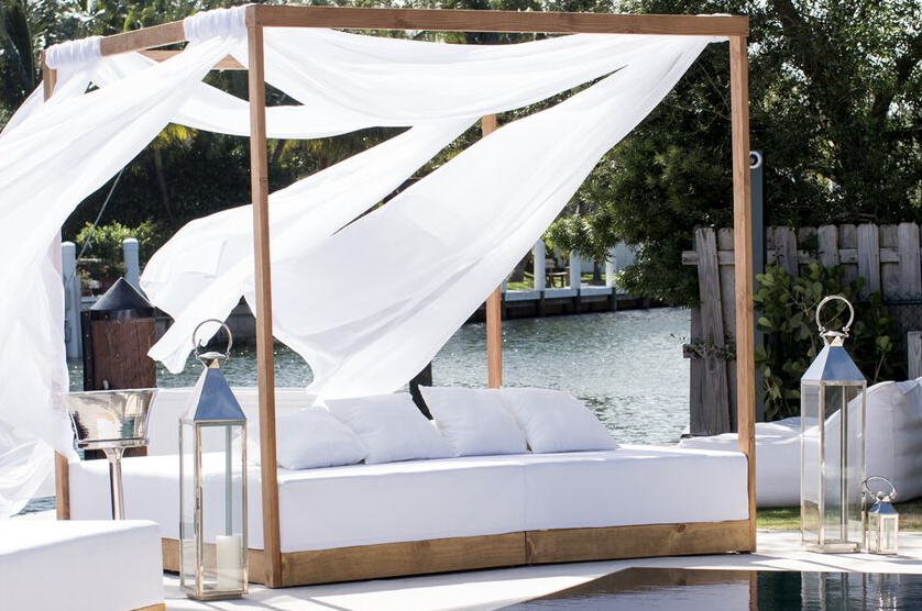 ibiza canopy lounge bed qty 1