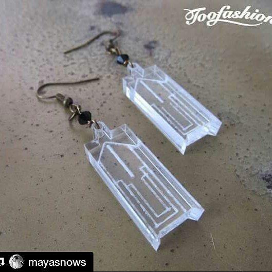 #Repost @mayasnows with @repostapp  Aretes estilo art déco  Los verás en la fiesta de joyas! http://ift.tt/1OSagoN   #hadmade #fiestadejoyas #jewelryparty #jewelry #jewelryaddict #mexicodf #earrings #acrylic #artdeco #cancun #toofashion #hechoenmexico #ideartemexico #lasercut by ideartemexico