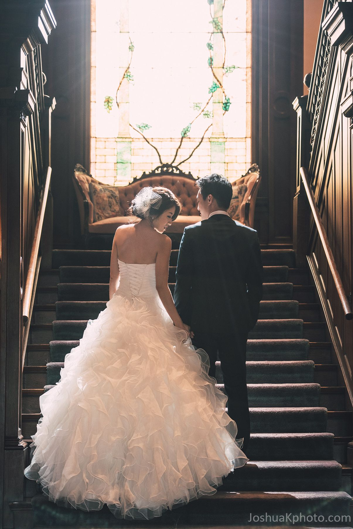 The Dallas Woman S Forum Bride And Groom On Grand Stair At Alexander Mansion Dallas Bride Wedding Poses Wedding Photography