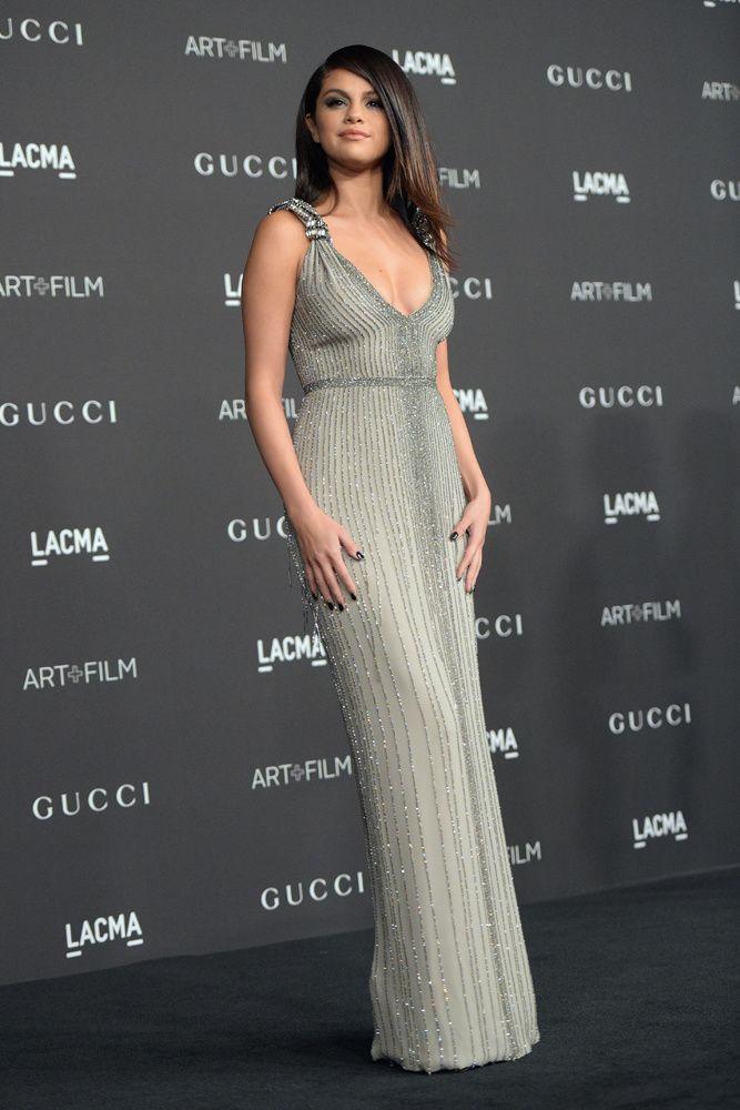 selena gomez looks estilo sofisticado celebridades