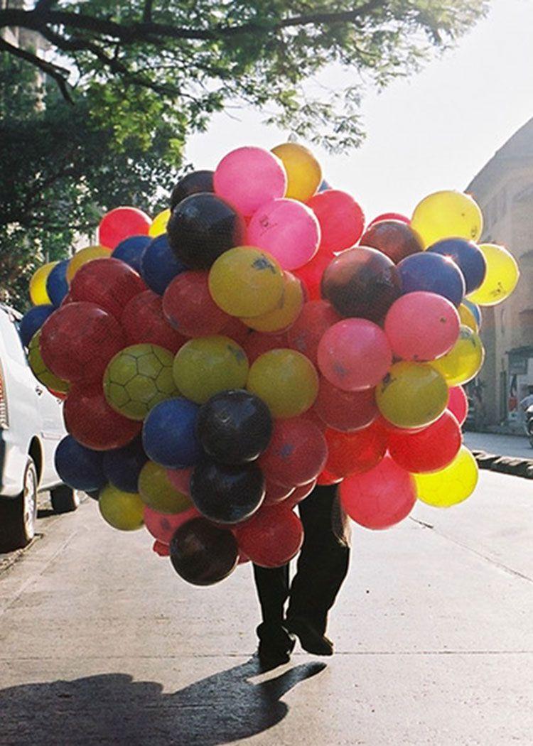 Kristian Holm – Balloon man