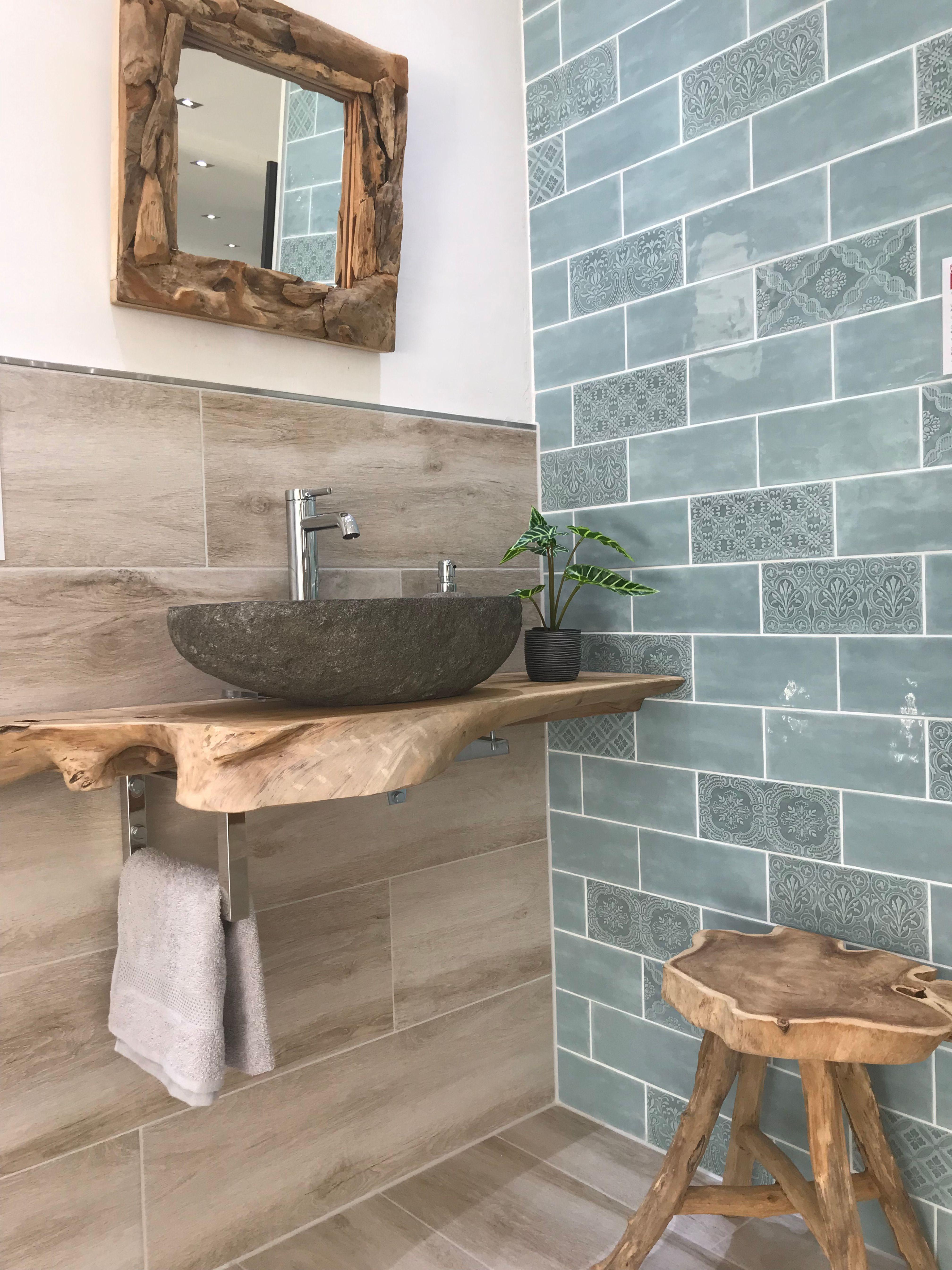 #badezimmer Metrofliesen PrimeCollection Vintage Wall, dazu eine Fliese in Holzoptik, Naturs… – badezimmer