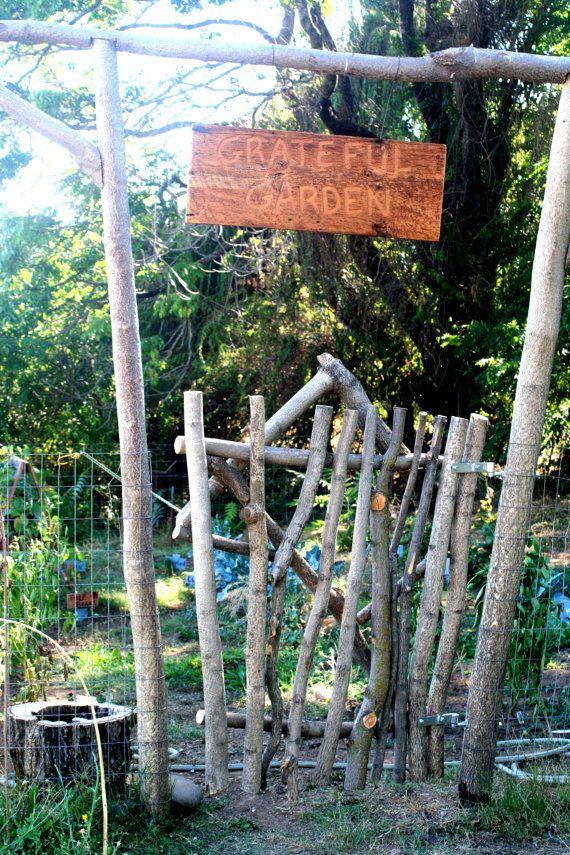 Tree Fence Chickens Backyard Garden Fencing Garden Gates