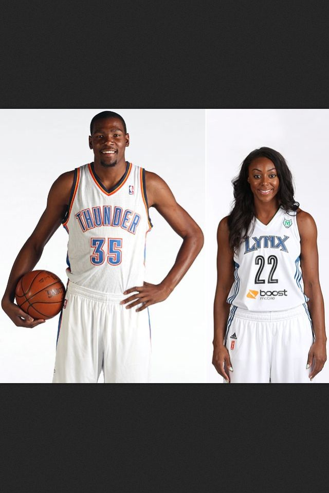 c119013ef65 Kevin Durant is engaged to Monica Wright