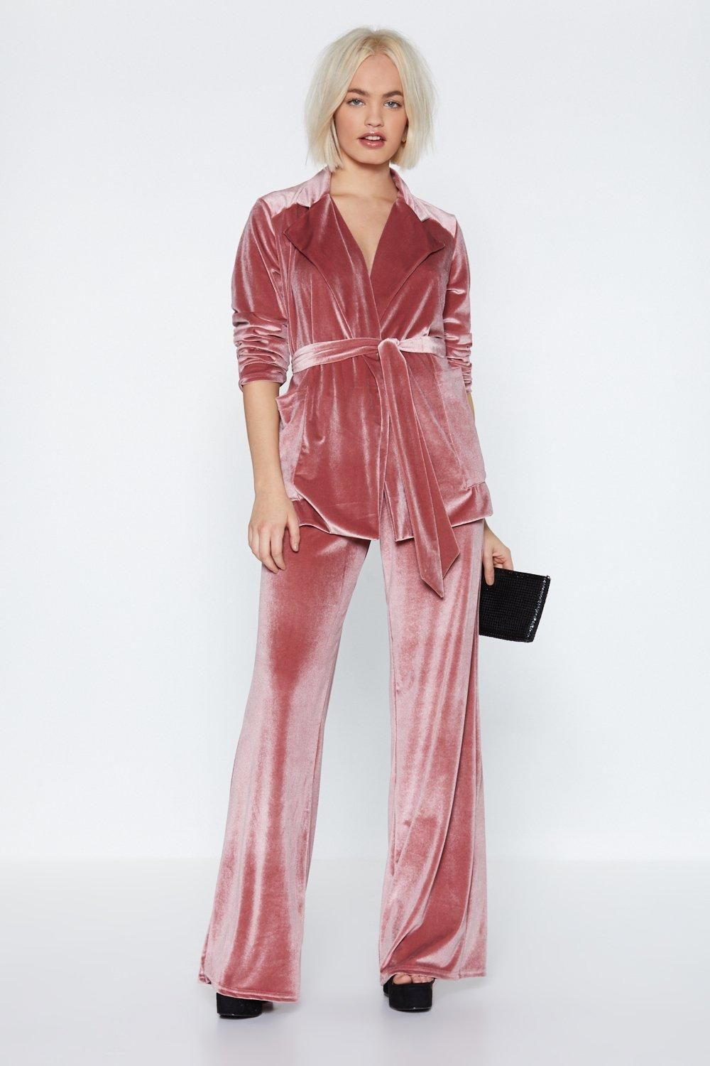 8e1e30c76d Get a Load of This Velvet Pants in 2019