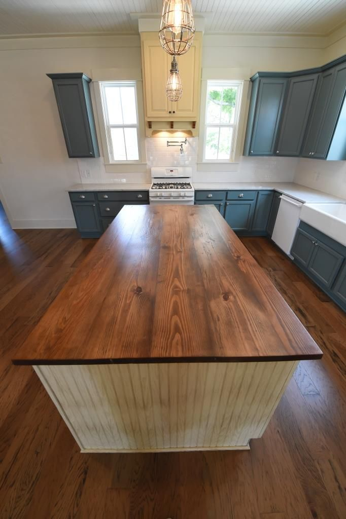 Superbe Marble Countertops, White Appliances, Apron Front Sink, Maple Cabinets,  Beaded Ceiling, Heart Pine Countertop, Reclaimed Heart Pine, Hickory  Flooring