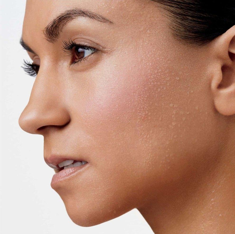 CliniqueFIT Workout Makeup Broad Spectrum — it has a