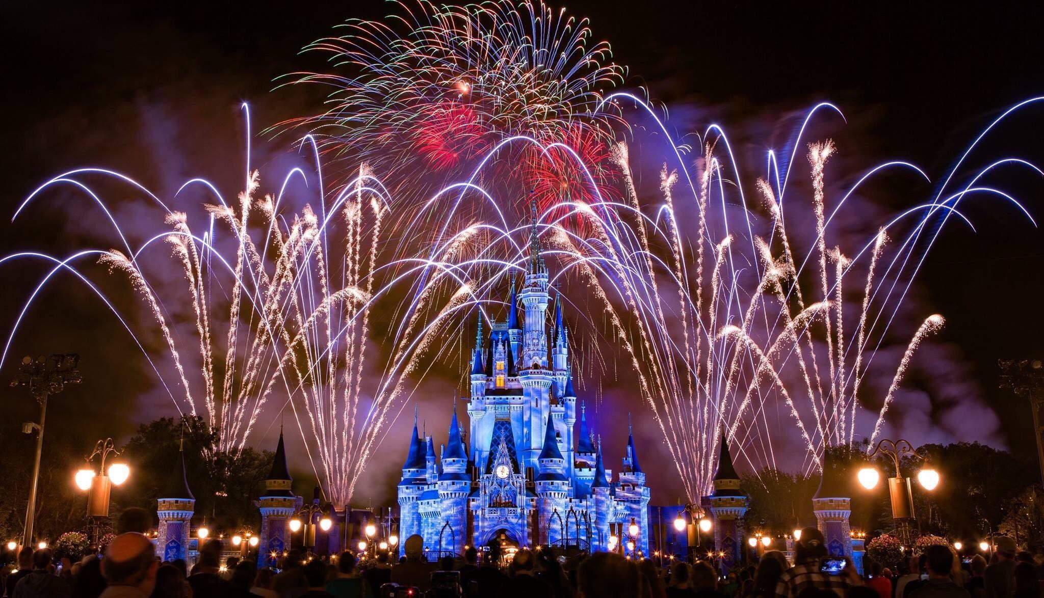 Disney World Magic Kingdom Cinderellas Castle Fireworks