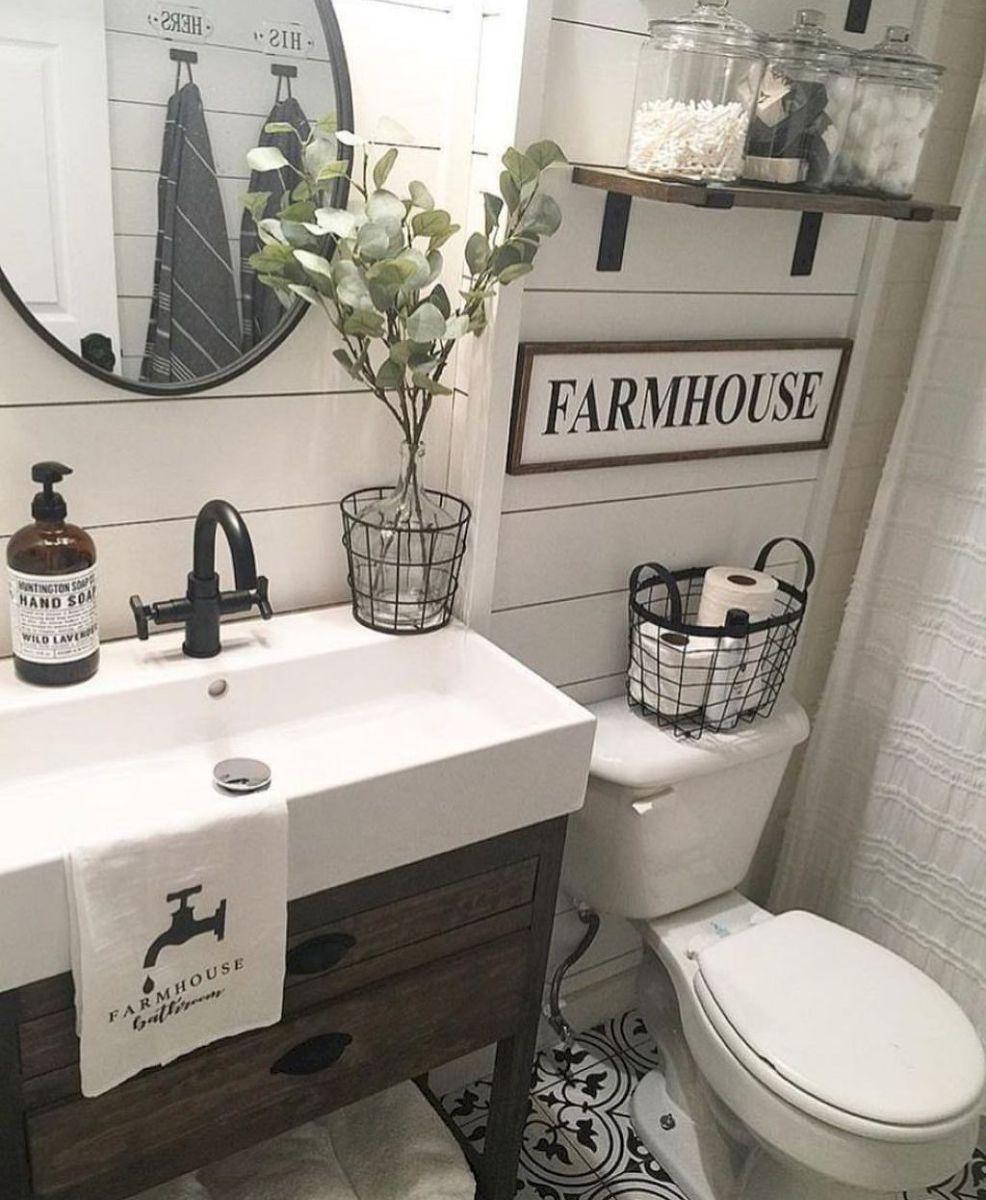 58 Inspiring Farmhouse Bathroom Remodel Ideas Modern Farmhouse Bathroom Farmhouse Bathroom Vanity Small Bathroom Remodel