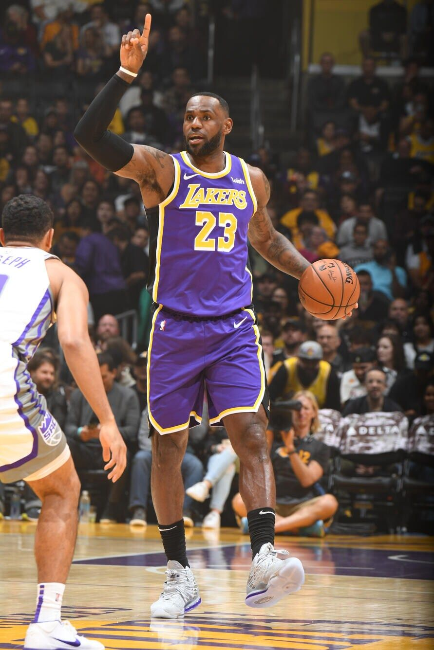 Photos Lakers Vs Kings 11 15 19 Los Angeles Lakers Lakers Vs Kings Lakers Vs Lebron James Lakers