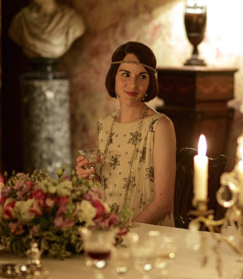 Michelle Dockery as Lady Mary Crawley in Downton Abbey (TV Series, 2015).
