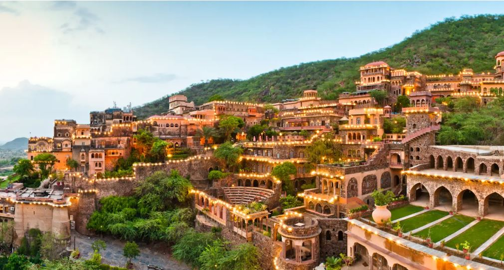 Neemrana Fort Palace Royalty and eminence have their own