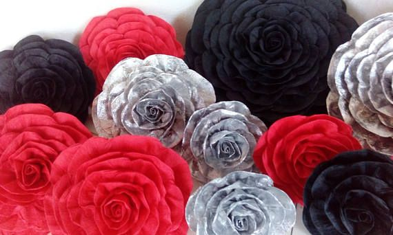 Royal Gold Red Black 12 Large Paper Flowers Wall Decor Party Bakdrop