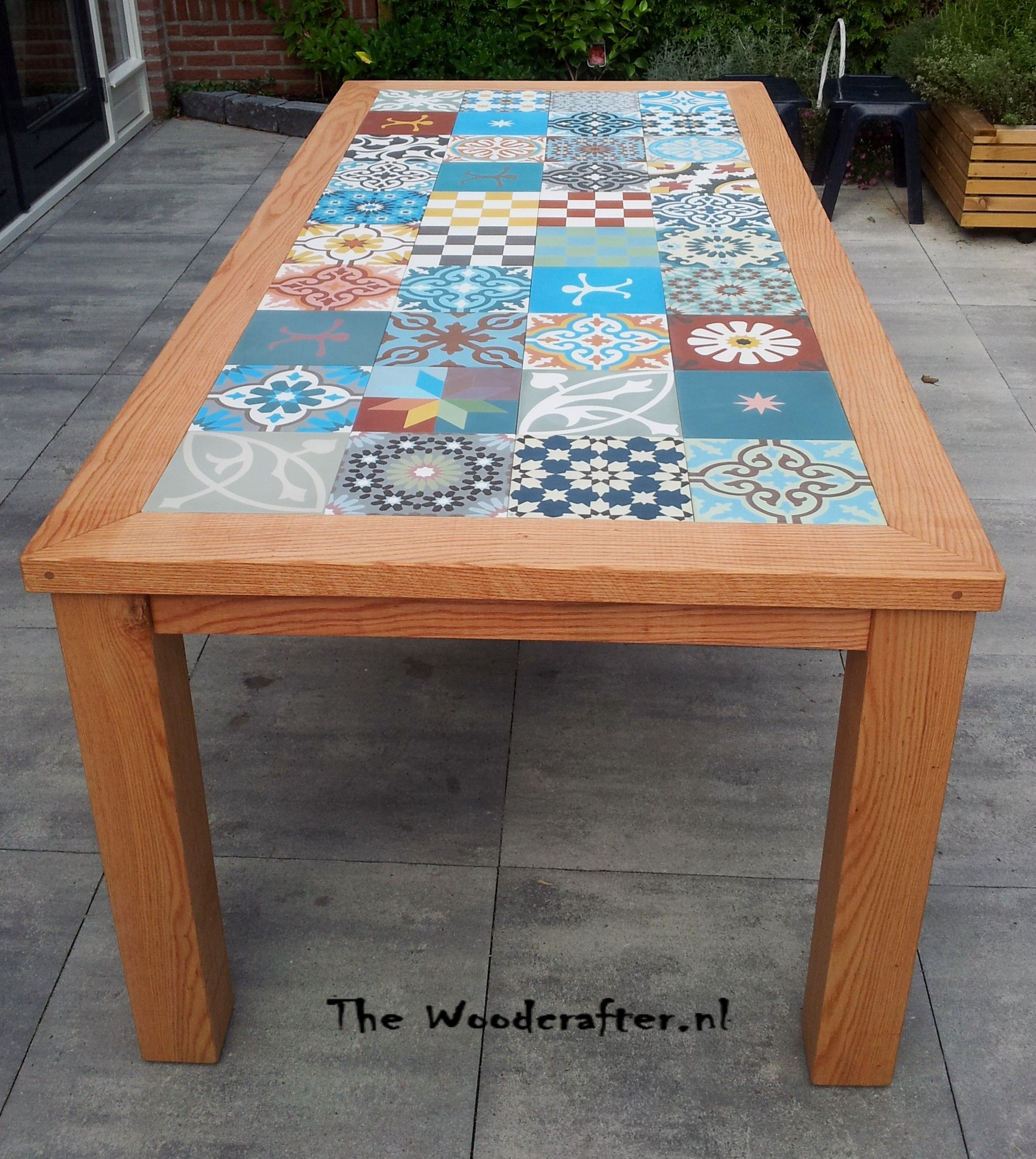 Outdoor Tile Table Top Red American Oak Outdoor Table With A Portugese Tiled Tabletop