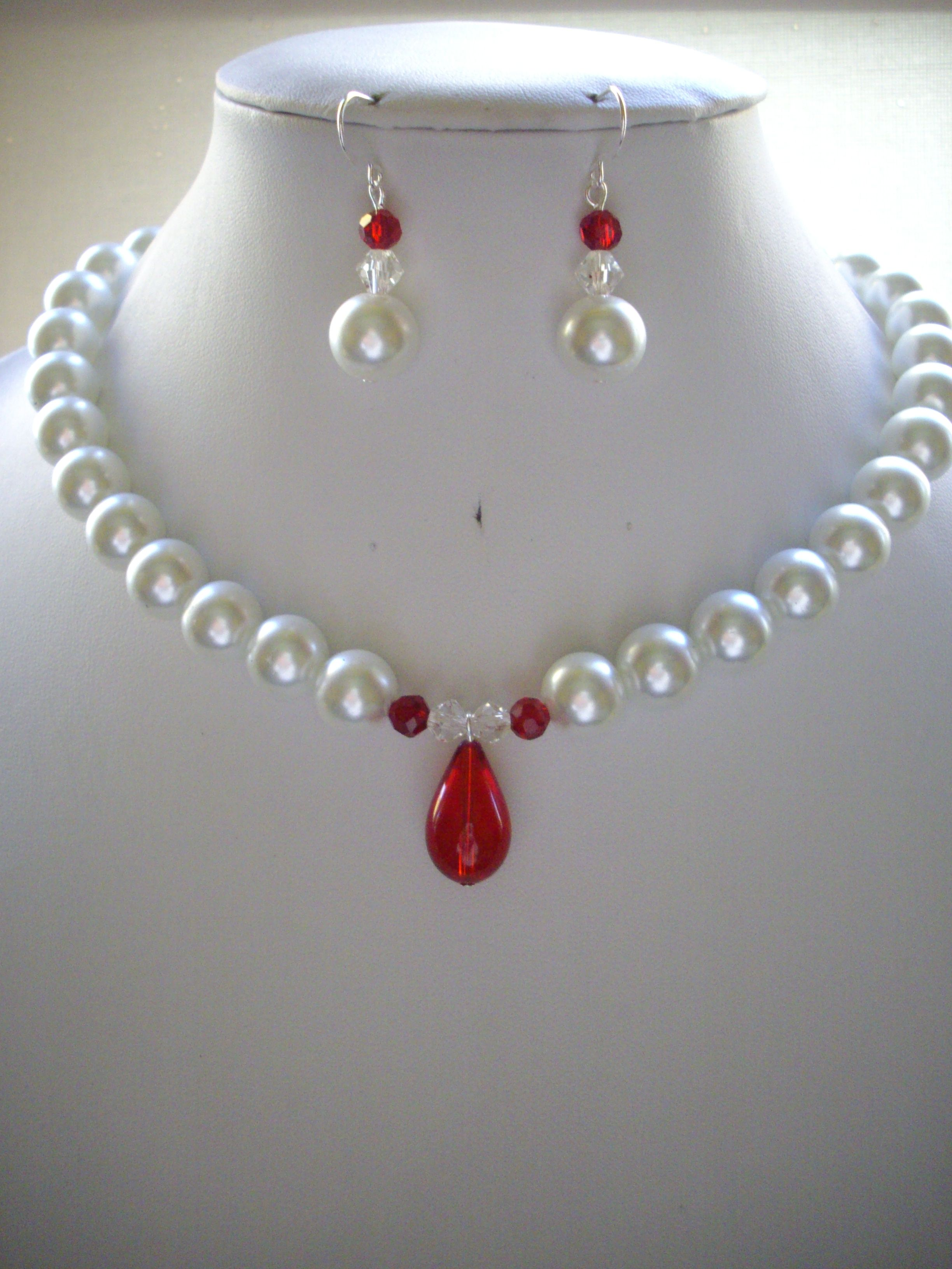 White pearl necklace with red crystals and red glass pendant white pearl necklace with red crystals and red glass pendant 5500 aloadofball Choice Image