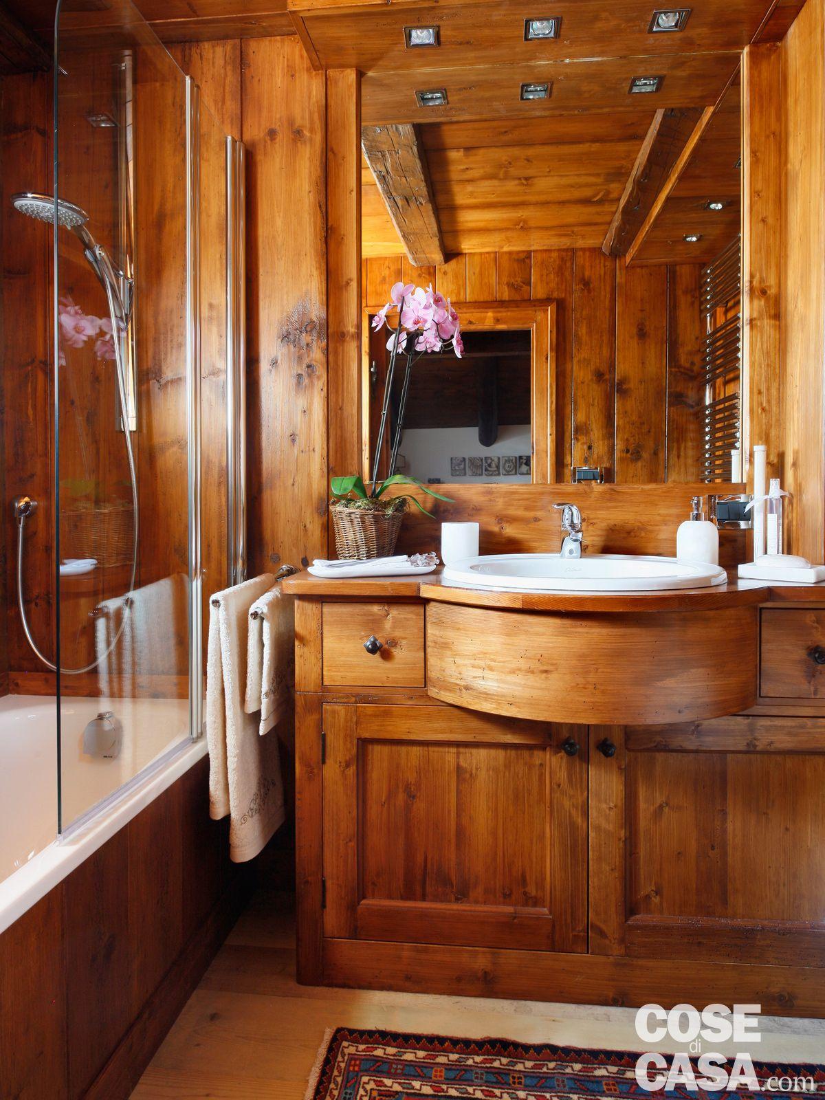 Mansarda tutta legno nuova vita per la casa di montagna for Arredare una casa in montagna