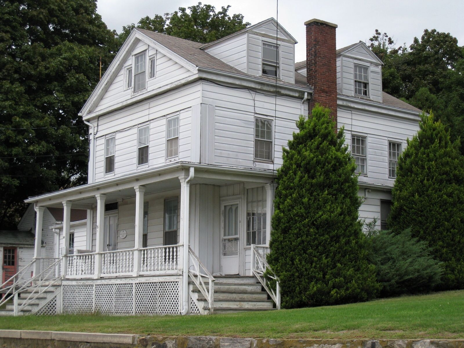 Architectural Styles: Greek Revival House with pillars and stairs up ...
