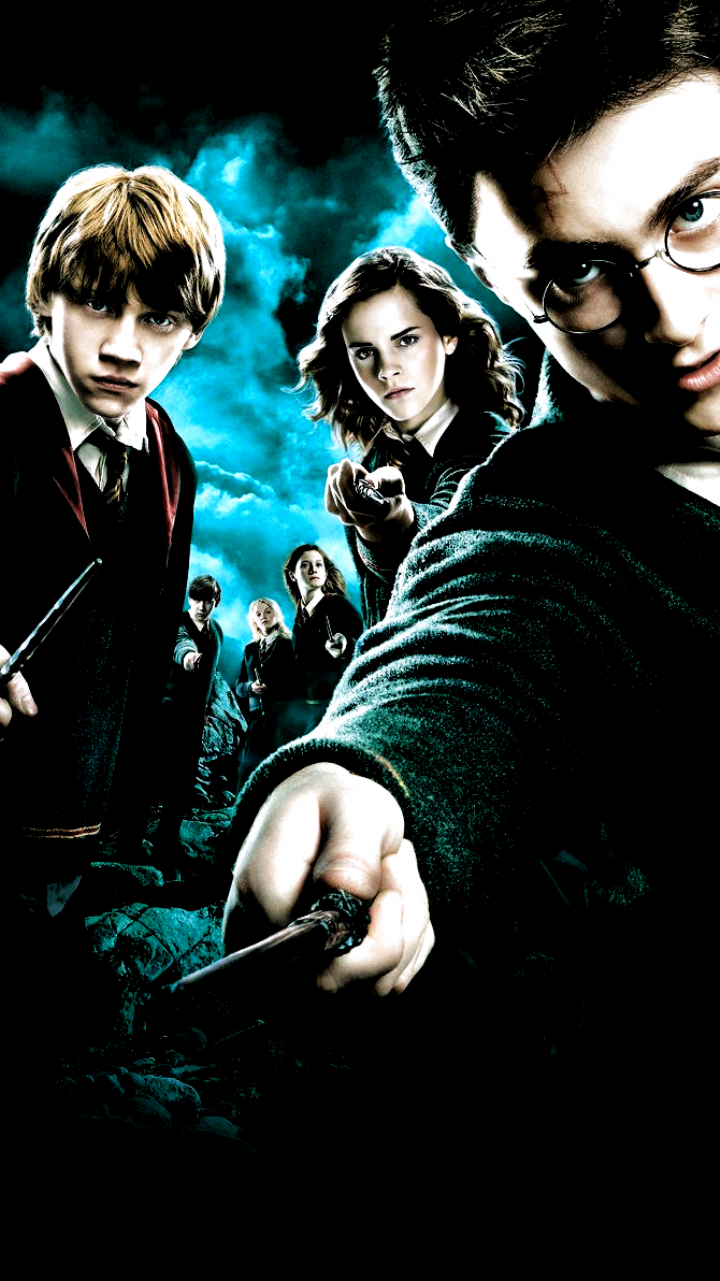 Harry Potter And The Goblet Of Fire 2005 Phone Wallpaper In 2020 Harry Potter Goblet Of Fire Wallpaper