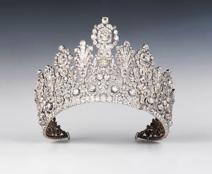 Grand Tiara of the House of Nassau, first third of the 19th century, Collection Grand Ducal Court of Luxembourg, iMedia.