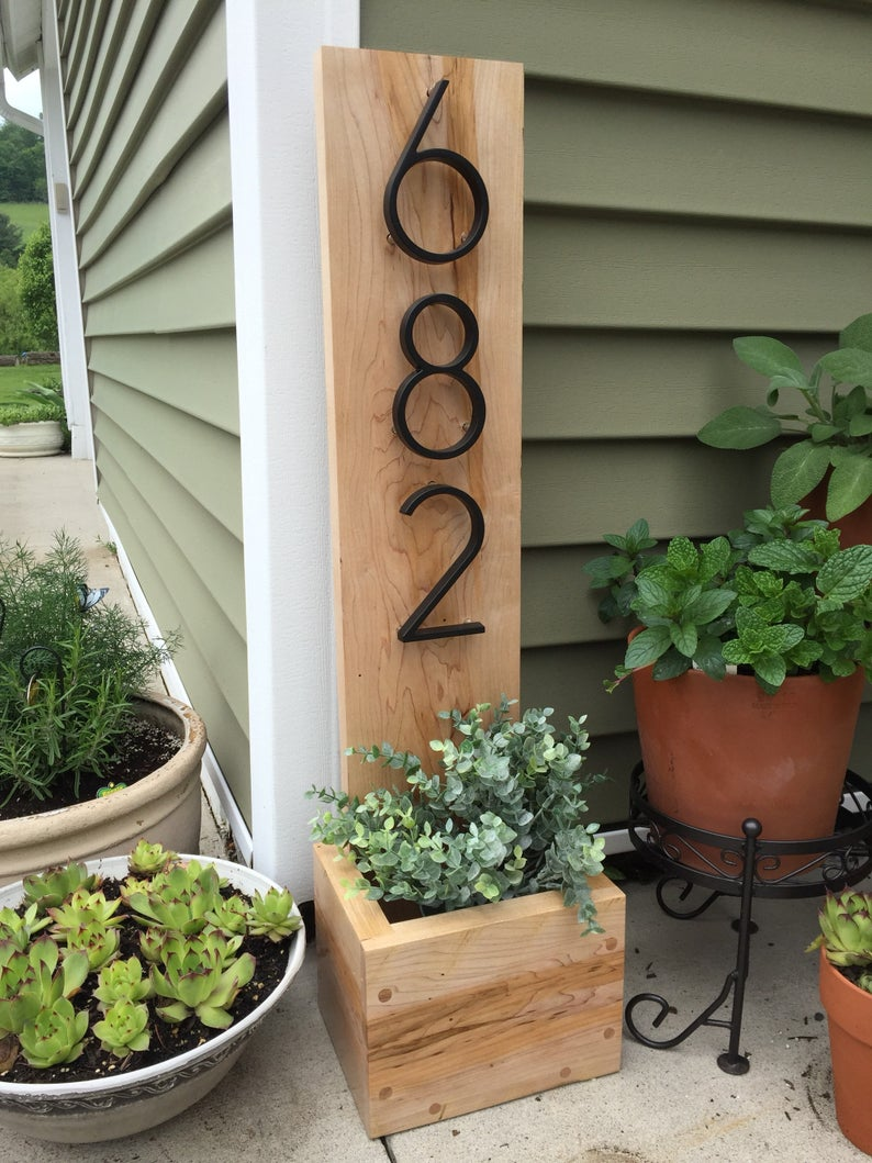 Love This Custom Planter For Outside Of Your Home! ️
