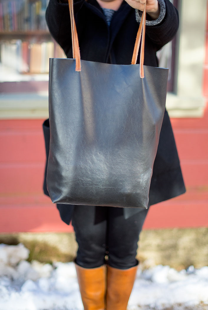 Sew your own Madewell-inspired leather tote bag! (Free tutorial ...