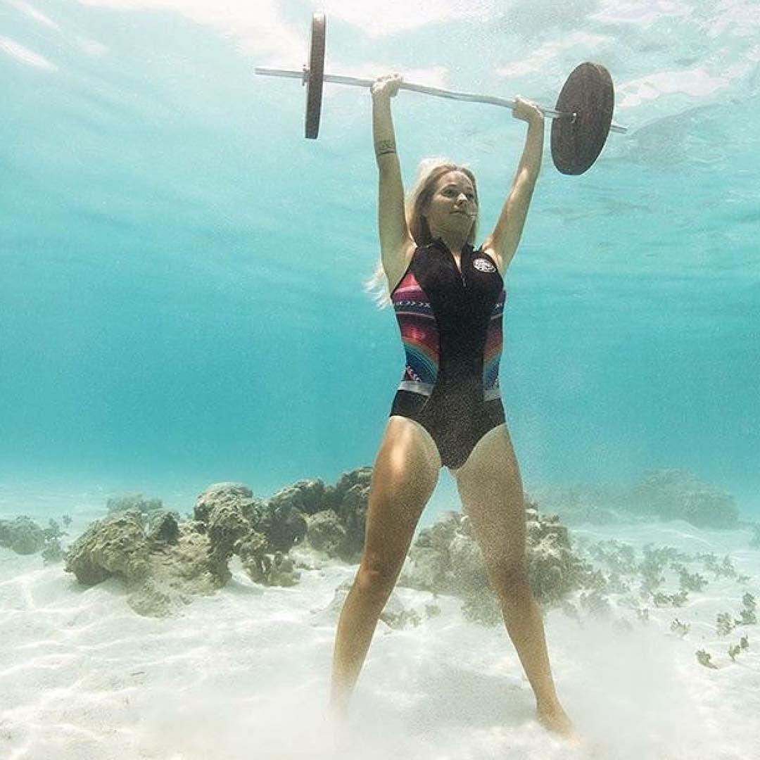 Bali + World News & Views: NSW Underwater photographer