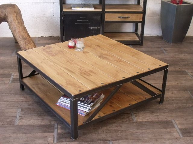 Table basse carr industrielle bois m tal bois metal for Table basse carree industrielle