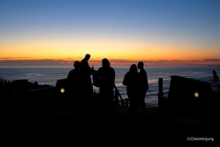 #photo #photography #photographer #choiminjung #travel #australia #greatoceanroad #sunset #people #longing #여행 #호주 #오스트레일리아 #그레이트오션로드 #일몰 #사람들 #추억 #그리움 by choimj_photography