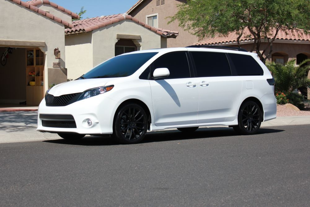 Aftermarket Roof Rails Sienna 2011 Toyota Sienna White On