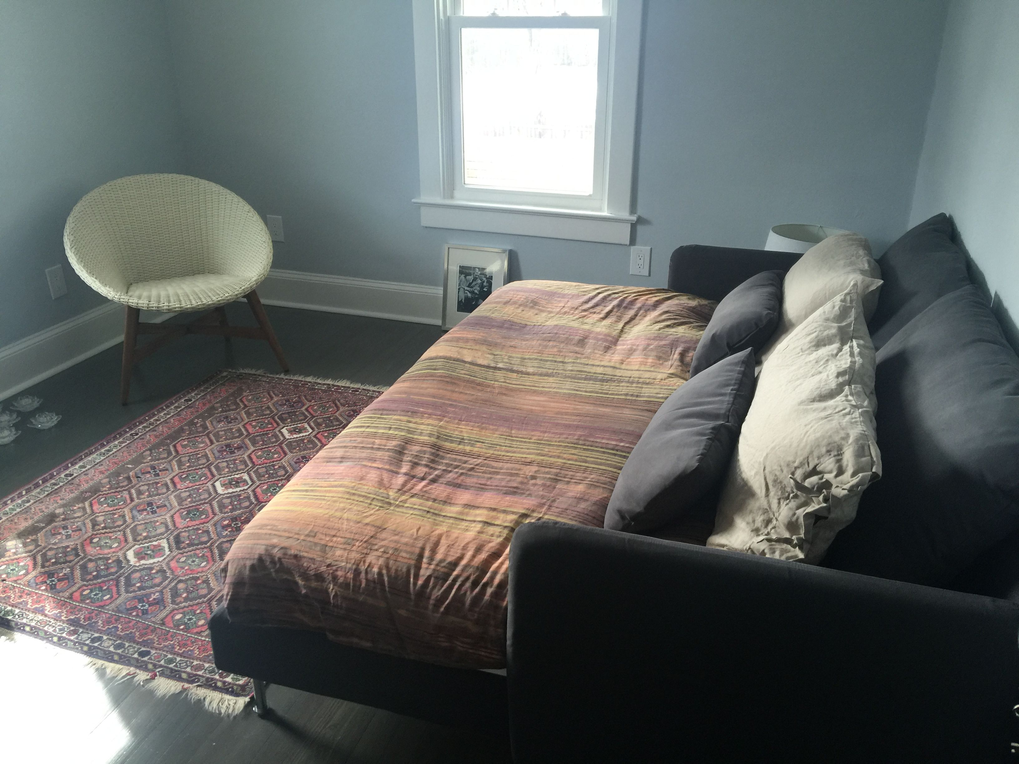 Full daybed IKEA hack with two Soderhamn chaises and a mattress. Place to  lounge,