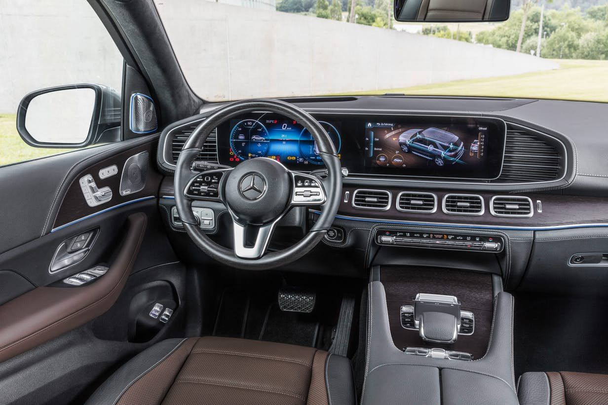 The Interior Of The 2019 Mercedes Benz Gle 450 4matic With Rough
