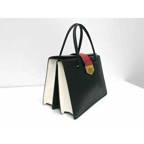 Photo of Leather handbag Prada Black in Leather – 3718301