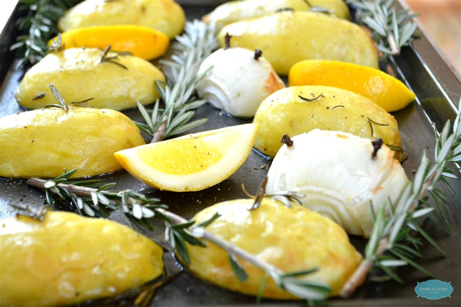 Roast potatoes with Lemon and Rosemary // Pommes de terre au four au Citron et Romarin