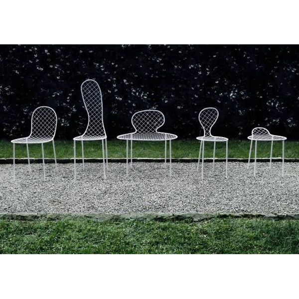 Sedie family chair design junya ishigami living divani for Sedie design furniture e commerce
