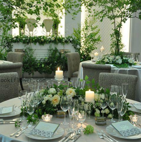 森をイメージした装花 横浜の結婚式場モンテファーレ フラワーサロンエステル 結婚式 テーブル 装花 テーブルコーディネート 結婚式 テーブル 装花