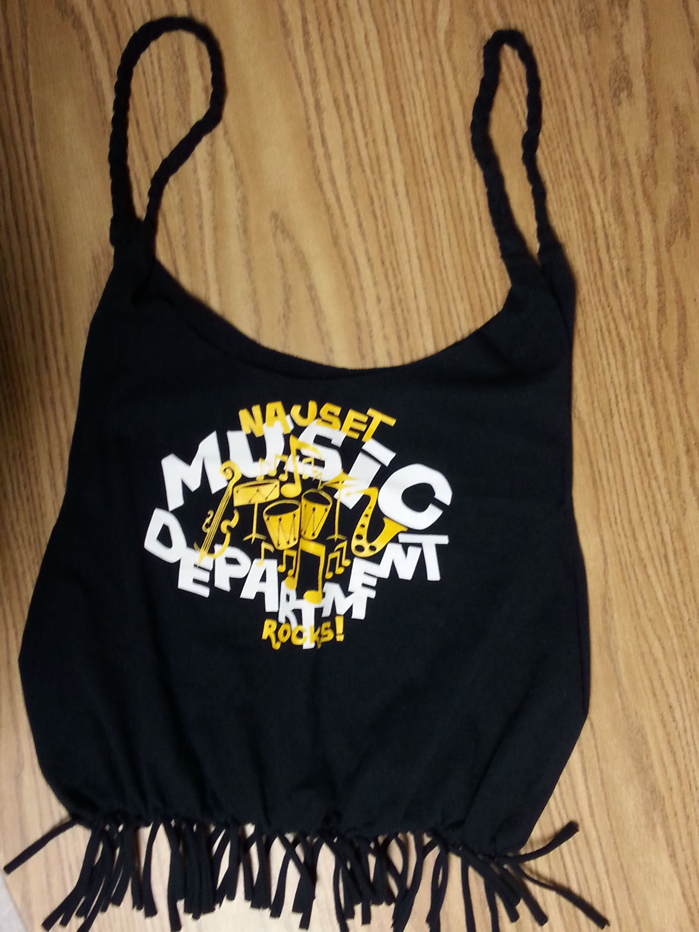Diy no sew fringe tshirt tote bag diy fashion tshirt t