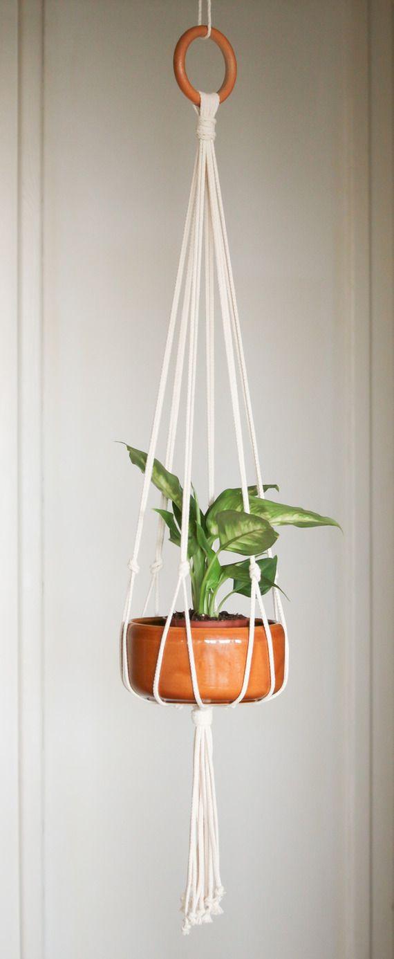 Pot Plante En Bois suspension en macramé sur anneau de bois pour plantes ou