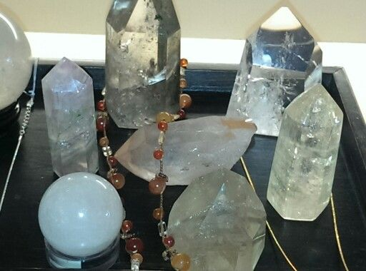 Healing crystals and crystal jewelry