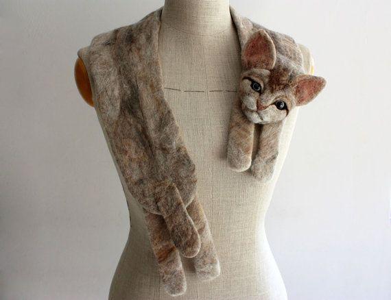 Cat - felted wool animal scarf #feltedwoolanimals