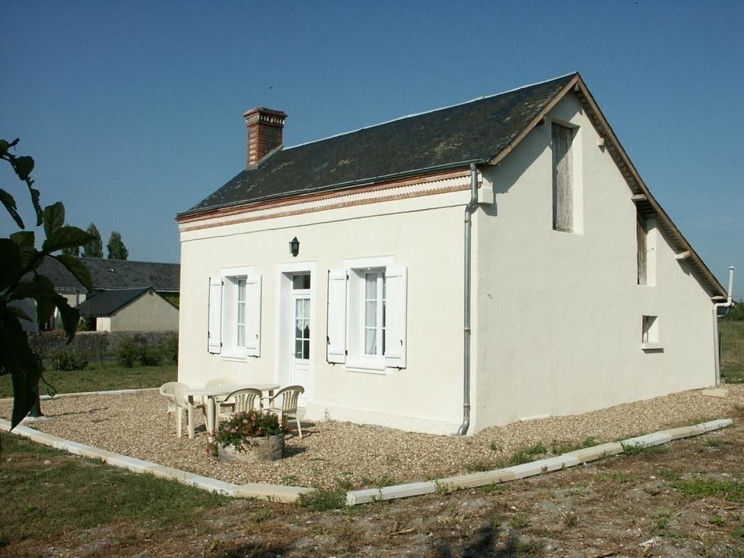 Cottage N G14541 Ref G14541 In Avrille Les Ponceaux Indre Et Loire Cottage Holiday Rental Outdoor Structures