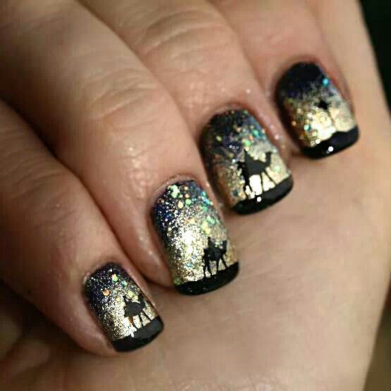 Three Wise Men On Camels To See Baby Jesus Christmas Nail Designs Christmas Nail Art Designs Beautiful Nails