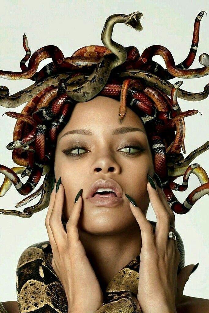 makeup, nails et eyes image sur We Heart It Medusa