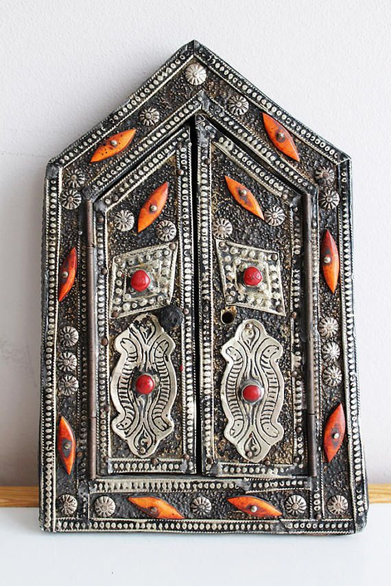 Antique EXOTIC Frame/Epic Moroccan Wall Decor/Embossed Metal Wood Picture  Mirror Frame/