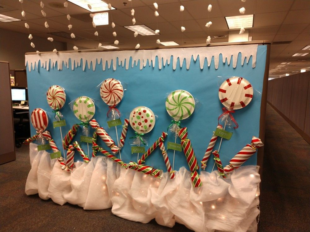 Cubicle Christmas decorations 2017 #cubiclechristmasdecorations Cubicle Christmas decorations 2017 #cubiclechristmasdecorations