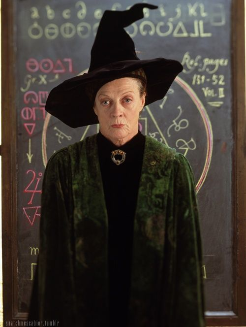 Happy Birthday Maggie Smith Vanilla Maggie Smith Harry Potter Film Magie
