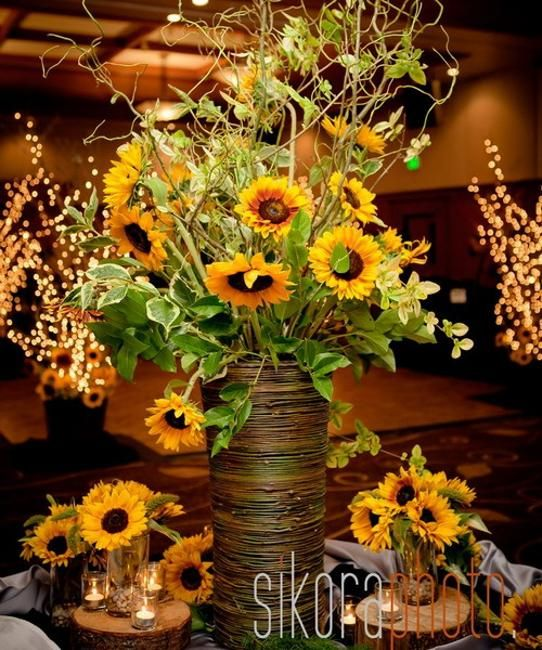 Creative Floral Centerpiece : Creative floral designs with sunflowers sunny summer