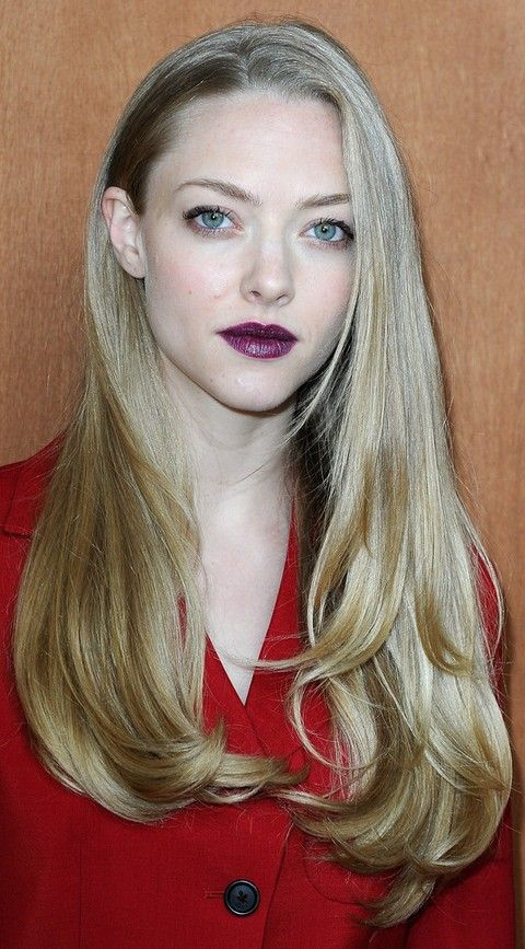 Amanda Seyfried Hairstyles Stylish Long Straight Haircut