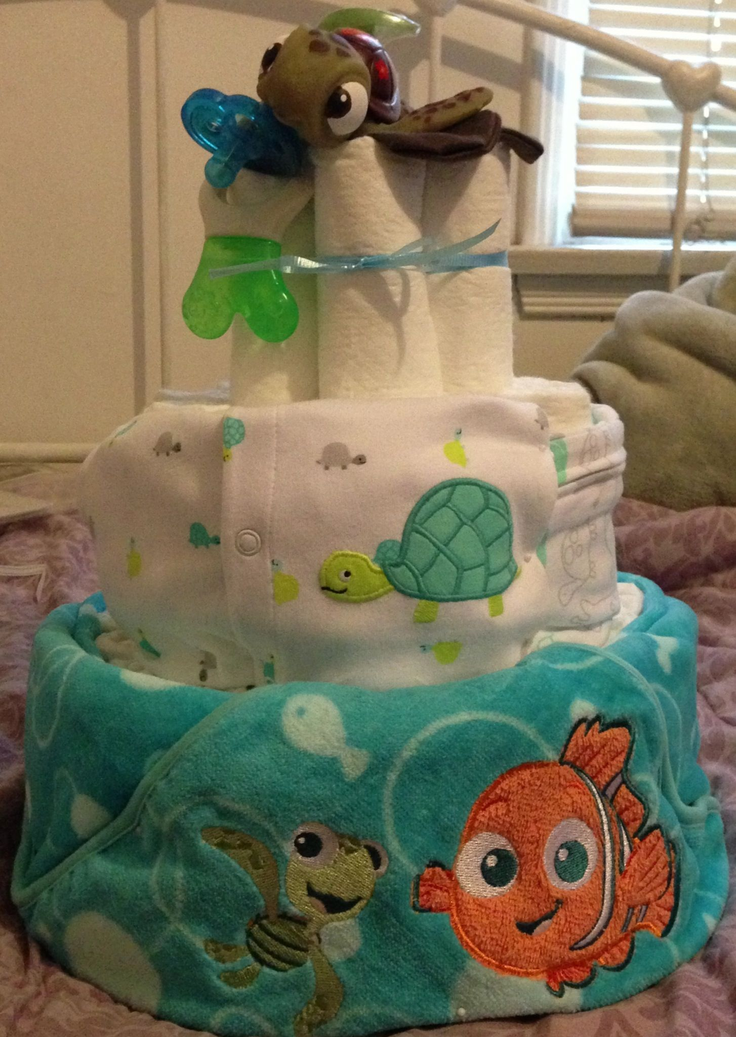 Finding Nemo Squirt diaper cake